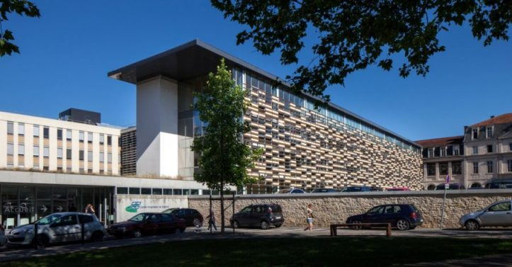Centre-Hospitalier-Cahors@-Architecte-Cardete-Huet-Photo-F.F.Faure-3-e1477398559617-900x470